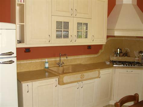 lavello cucina pietra foto piani di cucina in marmo e pietra vendute a prezzi affare