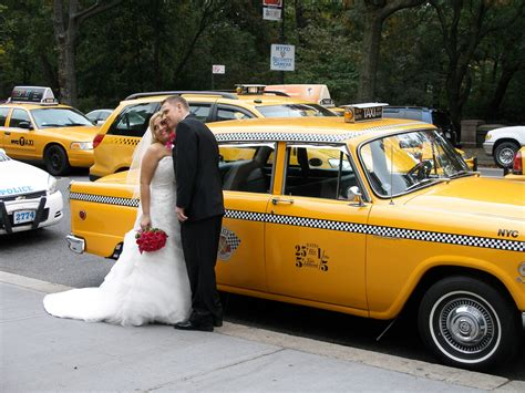 Wedding Car New York by The Checker Nyc Checker Cabs And Vintage Car Rentals