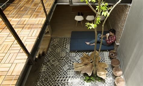 Design For Small Garden Spaces - 46 sqm small narrow house design with low cost budget home improvement inspiration