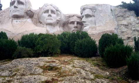 places in usa windows of the world mt rushmore and other historical