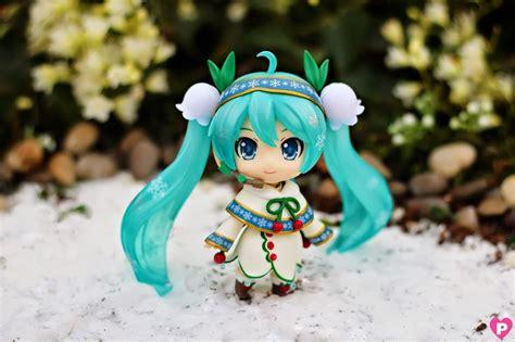 Nendoroid 493 Hatsune Miku Snow Bell Ver By Goodsmile New Mib Kws nendoroid snow miku snow bell ver by photographer pinkcheeks nendoroid