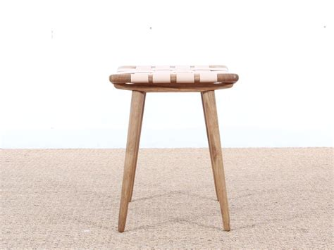 Modern Ottomans And Stools Mid Century Modern Stool Or Ottoman In Oak And Leather Galerie M 248 Bler