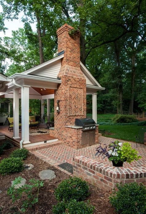 Grilling Porch by Best 25 Outdoor Fireplace Brick Ideas On Pinterest