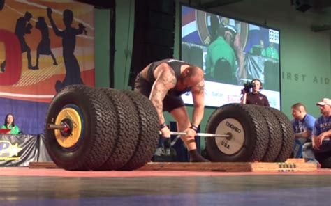 man benches 1000 pounds man benches 1000 pounds 28 images kennelly 1080 pnd