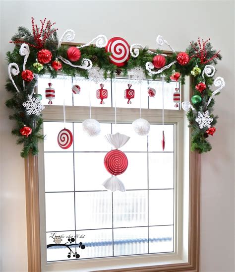 christmas curtains ideas 55 awesome christmas window d 233 cor ideas digsdigs