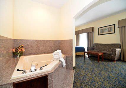 comfort inn and suites cincinnati comfort inn suites cincinnati comfort inn suites
