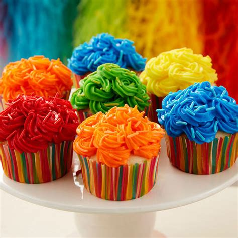 Bright And Bold  Ee  Birthday Ee   Cupcakes Wilton