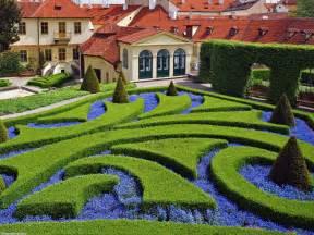 how to make a beautiful garden beautiful gardens wonderful