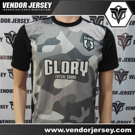 membuat logo tim futsal pembuatan kostum tim futsal glory dengan motif loreng