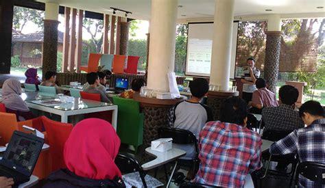 Sul Lamaran Kerja by Lowongan Freelance Photo Editor Lowongan Kerja