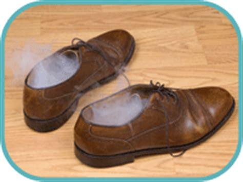 Stinkende Schuhe Natron waschen