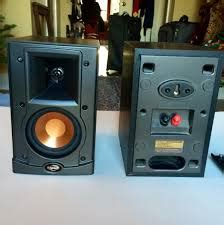 8 best bookshelf speakers 200 2017 techykeeday