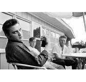 Rare Candid Photos Of American Icons Elvis John Wayne Elizabeth