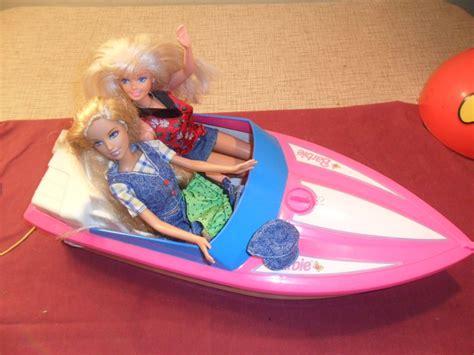 barbie boat movie vintage barbie speed motor boat motorized pink 1998
