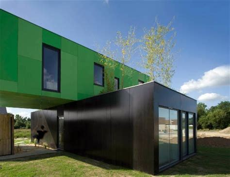 Crossbox House: Cross Shape Container Home   Prefab Homes