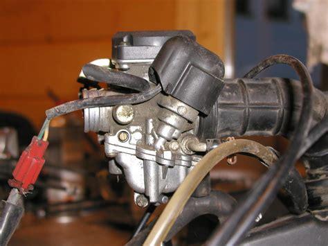 Roller Vergaser Reinigen Ohne Ausbau by Vespa Et4 125ccm Benzinverlust Allgemeines Vespaforum