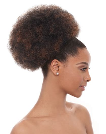 Afro Puff Drawstring Ponytail | different styles for a afro puff drawstring ponytail