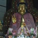 Patung Buddha Berdiri Membawa Teratai Kuningan Besar pagoda buddhagaya watugong