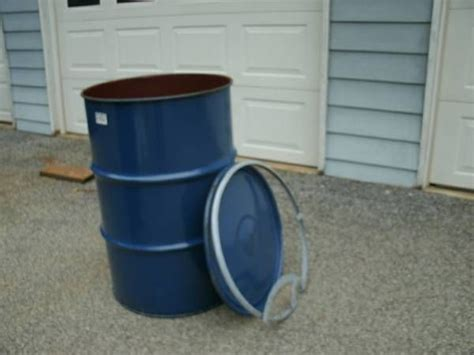 55 gallon drum dog house 112 best images about animals dog kennels and enclosures on pinterest dog daycare