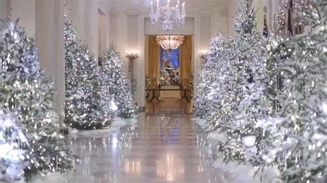 white house decor an inside look at melania trump s white house holiday
