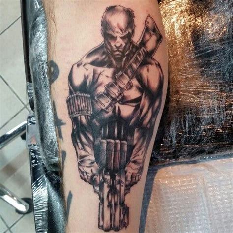 punisher tattoo photo punisher tattoo comic book and cartoon tattoos