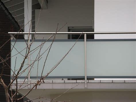 Balkongeländer Aus Glas by Balkongel 228 Nder Aus Edelstahl Aluminium Und Glas