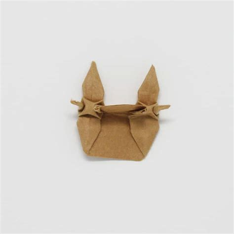 Origami Tips - 13 000 paper sculptures show a new trend in japanese