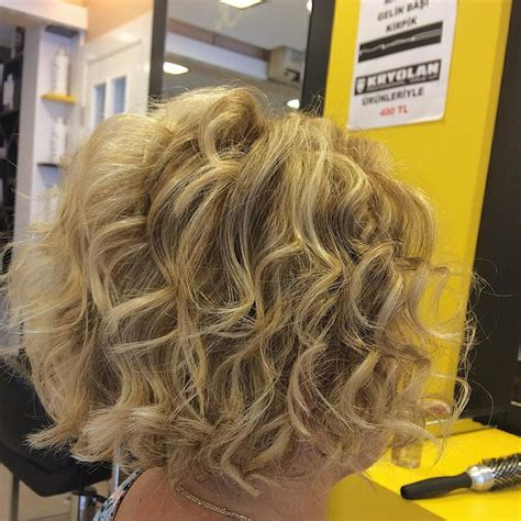 stacked bob haircut pictures curly hair curly stacked bob hairstyles hairstyles weekly