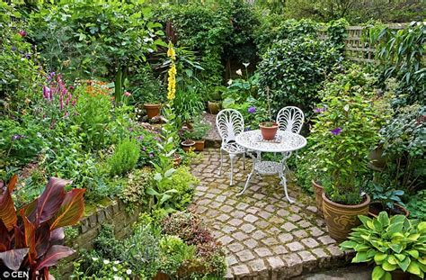 maximum advantages   small garden