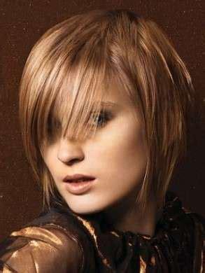 medi length hair cuts tagli capelli scalati medi foto 9 40 bellezza pourfemme