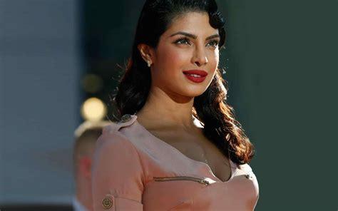 full hd video hindi 1080p inderjeet singh bollywood beautiful priyanka chopra full