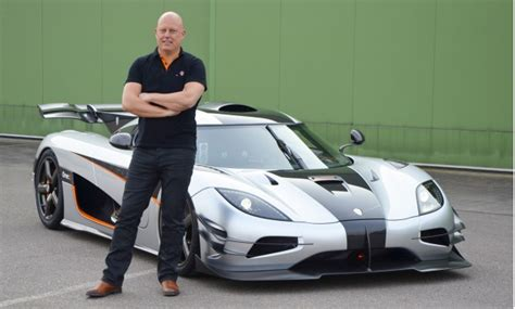 Koenigsegg Owner 1 341 Horsepower Koenigsegg One 1 Debuts At 2014 Geneva