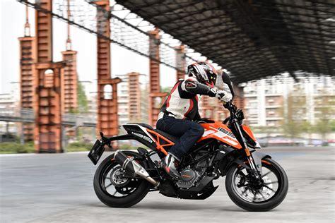 Ktm Motorrad Deutsch by Ktm Duke 125 Review Deutsch
