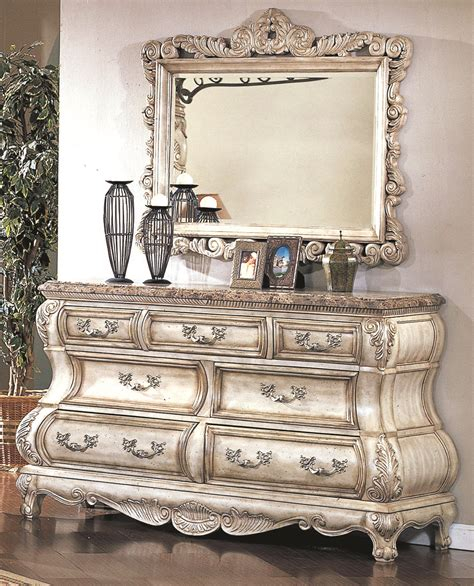 white canopy bedroom set caledonian victorian inspired canopy bedroom set in