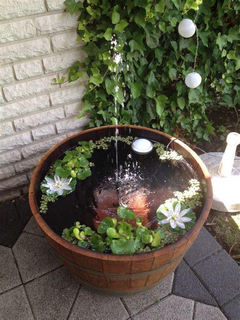 springbrunnen teich miniteich mit springbrunnen garten