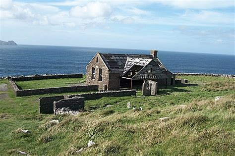 Home Plans Cottage by Image Gallery Dunquin Ireland