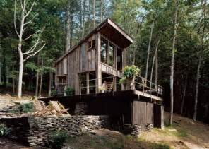 small rustic cabin materials reclaimed from 100 year barn