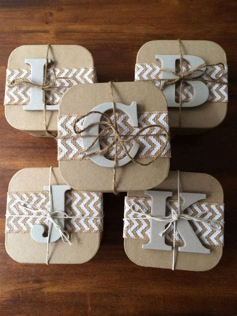 25  Best Ideas about Bridesmaid Boxes on Pinterest