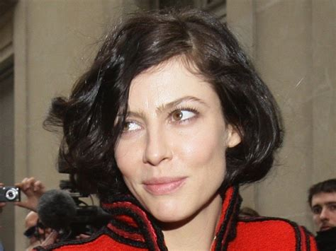 french actress with short hair french actress anna mouglalis perfect curly bob curly