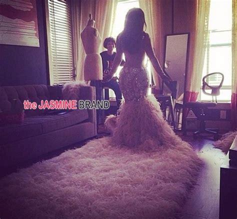 kandi burruss wears 20000 wedding dress in first photos look kandi burruss reveals 20 000 wedding gown