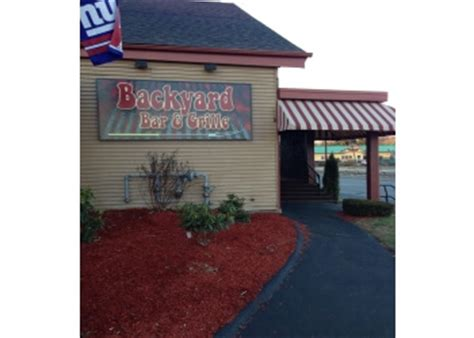 backyard bar and grille 3 best barbecue restaurants in springfield ma threebestrated