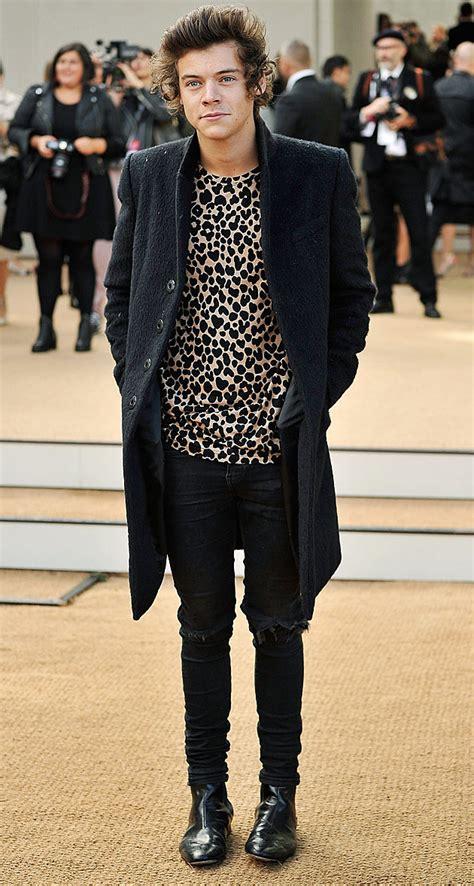 the leopard a harry justin bieber vs harry styles who wears leopard print the best
