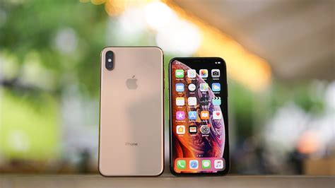apple iphone xs unboxing beautiful gold color gadgetmatch