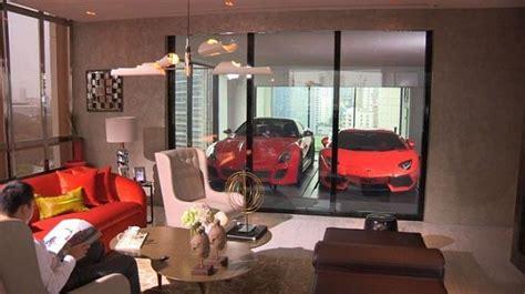 luxurious penthouse apartment  singapore   park