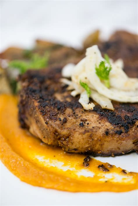 A Flash In The Pan Fennel Crusted Pork Chops by Fennel Crusted Pork Chop Bs In The Kitchen