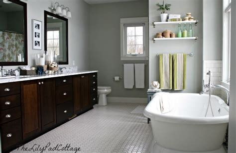 Behr Light French Gray My Paint Colors 8 Relaxed Lake House Colors The