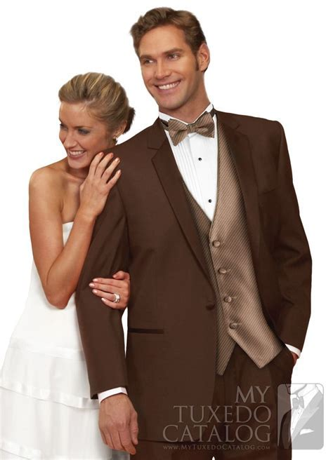17 Best ideas about Brown Tuxedo on Pinterest   Fall