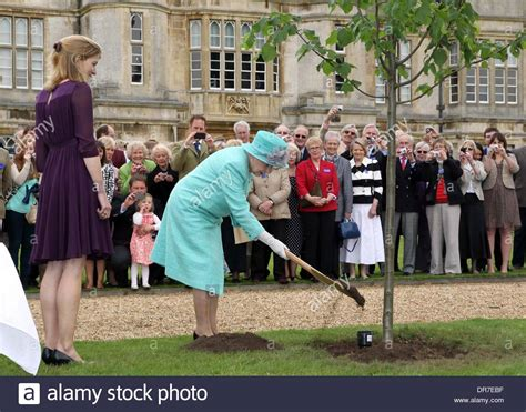 queen elizabeth ii house hm queen elizabeth ii visits burghley house which is