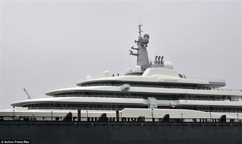 jacht van abramovich chelsea s roman abramovich s 163 1 5bn mega yacht renovated