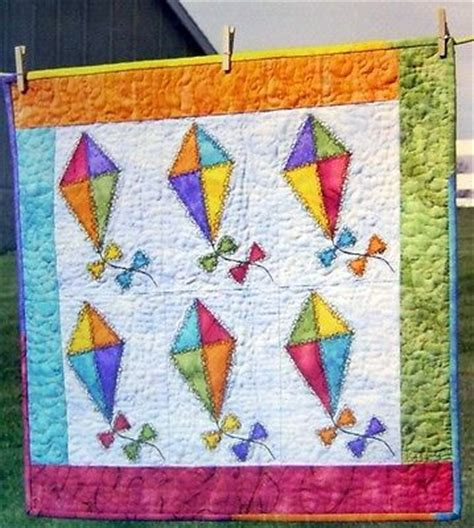 quilt pattern kites go fly a kite wall quilt pattern herky jerky applique